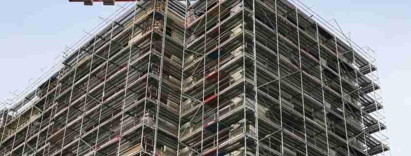 Ponteggi nell'edilizia
